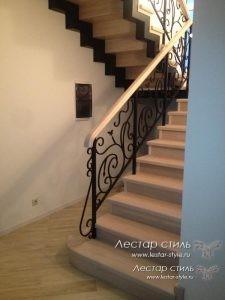 Заказать лестницу с ковкой в Москве и Области